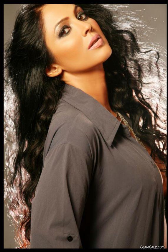 Spicy Kalpana Pandit Photoshoot