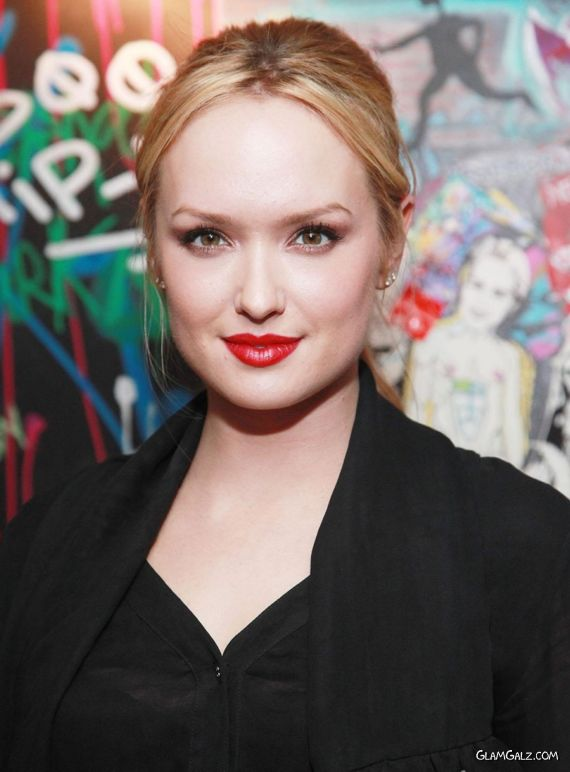 Beautiful KayLee Defer in Black