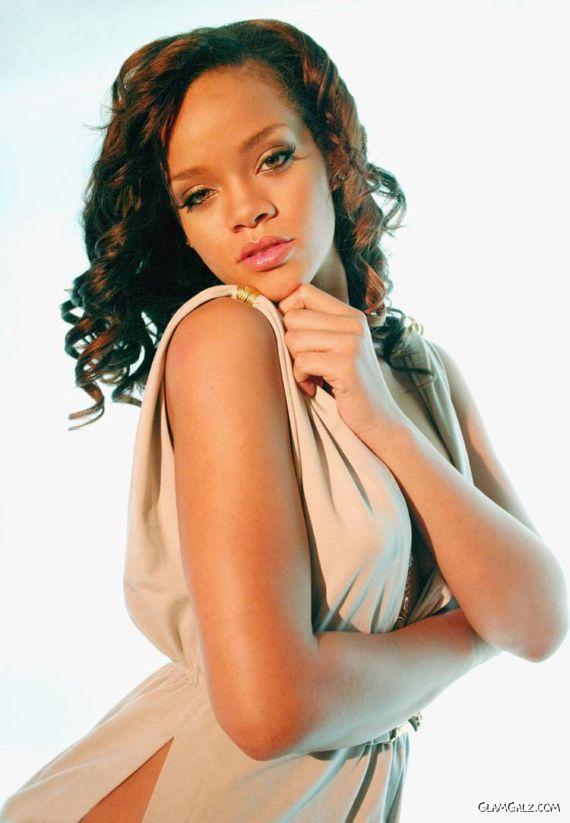 Beautiful Rihanna Closeup Photoshoot