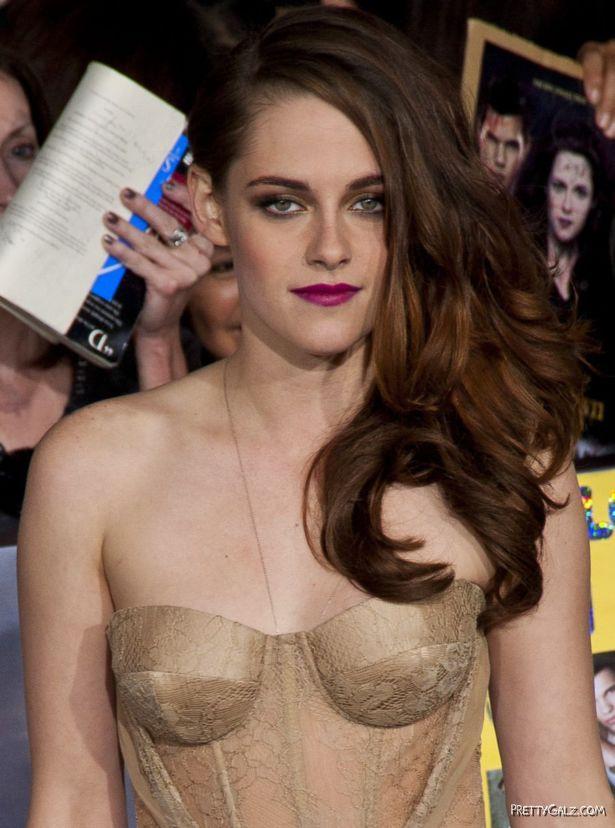 Kristen Stewart Exclusive Pictures Gallery