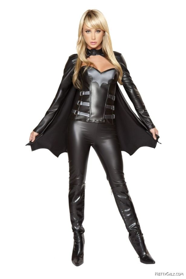 Sara Jean Underwood For Roma Costume Catalog