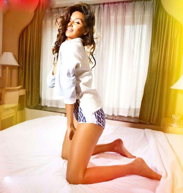 Shibani Dandekar IPL Host Photoshoot For Mandate Magazine